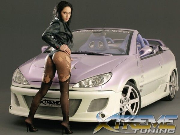 Filles low rider nues