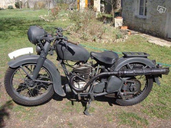 Motos d'époque 609516b9
