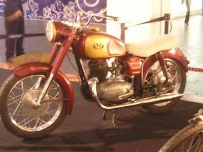 Motos d'époque 9c00b478